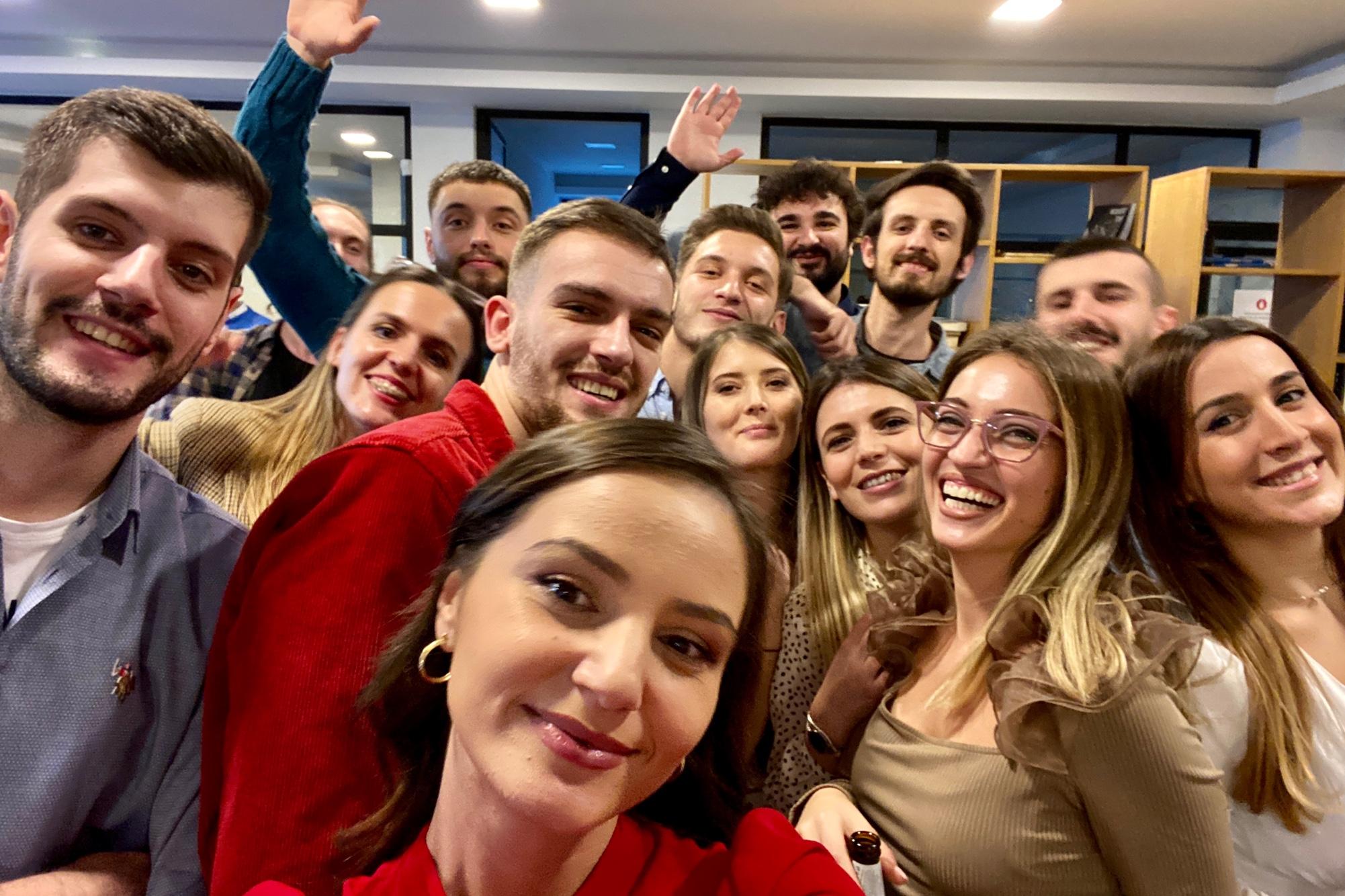 team_selfie